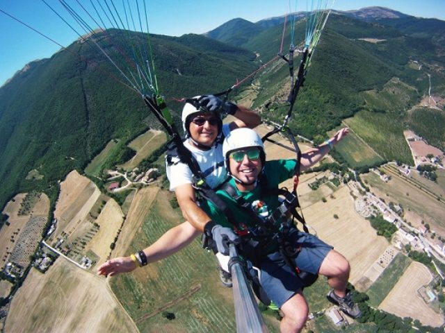 Free Flight on Tandem Paraglide